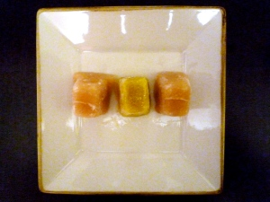 Frozen Baby Food Cubes. Yellow squash (center) flanked by bartlett pears.